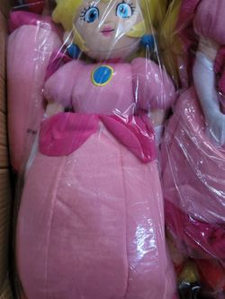 """Super Mario Princess Peach 18"""" Plush Backpack for Sale in Los Angeles,  CA"""