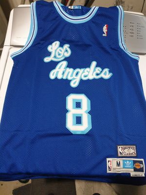 LOS ANGELES LAKERS KOBE BRYANT JERSEY GREAT COLOR AND DESIGN for Sale in Fontana, CA