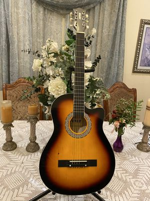 Fever3/4 size acoustic guitar 38 inches length for Sale in South Gate, CA