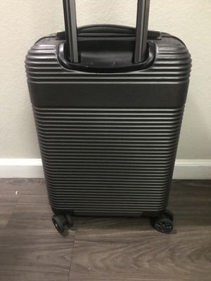 Suitcase Kenneth Cole reaction for Sale in Oceanside, CA