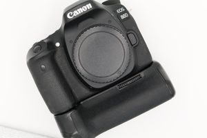 Canon 80D for Sale in Norwalk, CA