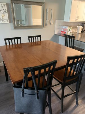 Dining Table for Sale in Sacramento, CA