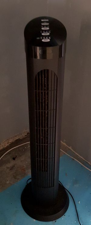 Tall Oscillating Fan $15 for Sale in Santa Clarita, CA