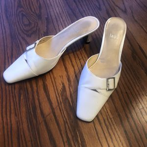Woman Leather Shoes for Sale in Yardley, PA