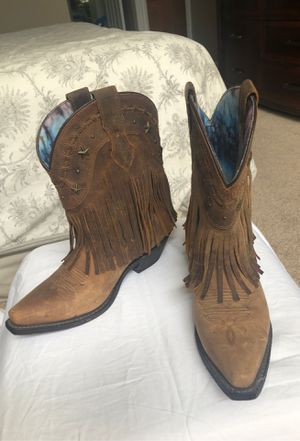 DINGO COWBOY LEATHER BOOTS for Sale in Carol Stream, IL
