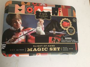 New FAO Schwarz 8Piece Toy Magic Trick Set for Kids for Sale in Freeport, NY