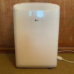 Like NEW—White LG 8,000 BTU Portable Air Conditioner, $325 OBO for Sale in Ontario,  CA