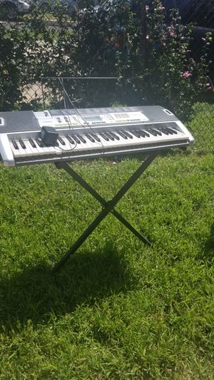 Casio Keyboard & Stand for Sale in Laverock, PA