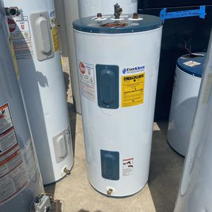 electric water heater 6 month warranty 2lo3735557 40 gal for Sale in San Antonio, TX