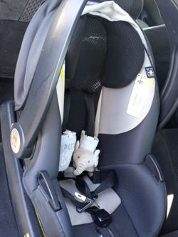 Infant Car seat for Sale in New Caney,  TX