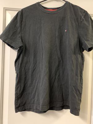 Tommy Hilfiger Size Medium for Sale in Millersville, PA