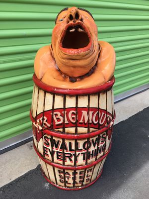 Mr Big Mouth Trash Can for Sale in North Las Vegas, NV