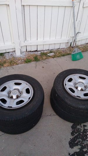 Used rims for 2005/2008 Toyota tacoma for Sale in Gardena, CA