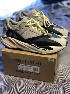 "Yeezy 700 size 12 ""Wave Runner"" in great condition for Sale in Silver Spring, MD"