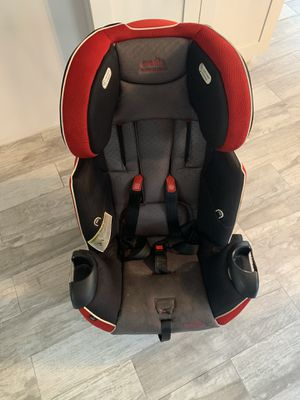 Evenflo platinum series car seat Originally paid $400.00 Needs some cleaning but in excellent shape Expires: 11/23/2022 for Sale in Margate, FL
