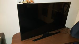 SMART TV SAMSUNG UN50JU6500 50 INCH MULTI SYSTEM 4K ULTRA HD SMART LED TV for Sale in Los Angeles, CA