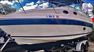 27' Twin Engine 95 Regal w/ Trailer for Sale in Hollywood, FL