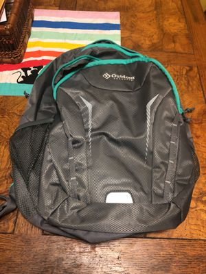 Outdoor backpack like new for Sale in Gresham, OR