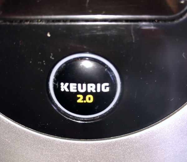 Keurig 2.0 in near perfect condition ...super clean!