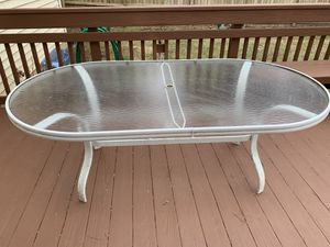 Outdoor Patio Dining Table for Sale in Aspen Hill, MD