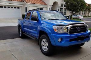 Looks Good 2005 Toyota Tacoma 4WDWheels! for Sale in Washington, DC