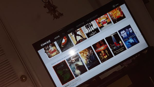 "Vizio 43"" smart tv like new"