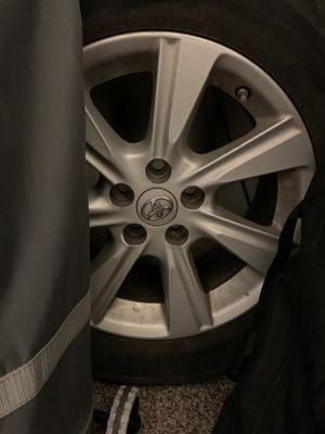 """Toyota Highlander rim 17"""" for Sale in CO, US"""