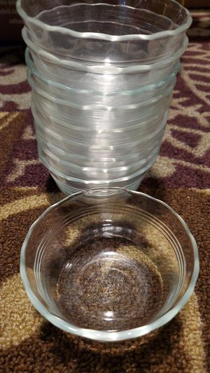 10 pyrex glass bowls for Sale in Watauga, TX