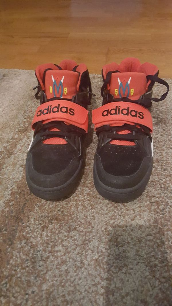 Mutombo TR Block Basketball Shoes - size 12
