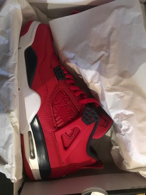Brand new Jordan 4's never worn. for Sale in Miami Gardens, FL