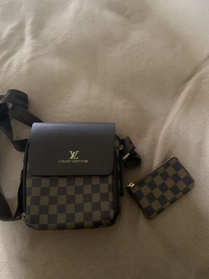 Louis V Satchel with Pouch for Sale in DeSoto, TX