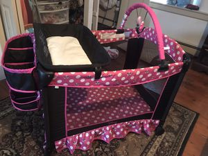 Mini mouse pack n play for Sale in Narvon, PA