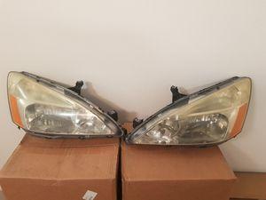 2004 Honda accord headlamps for Sale in Wesley Chapel, FL