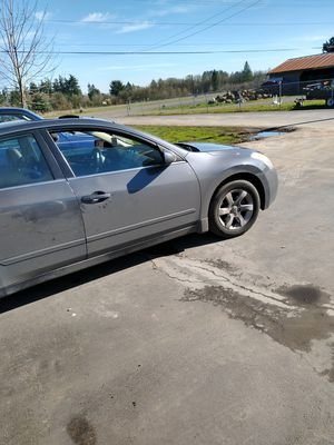 Nissain altima for Sale in Salem, OR
