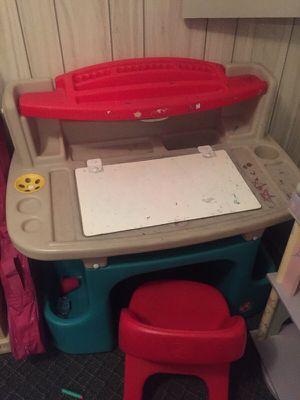 Step 2 kids desk for Sale in Addison, IL