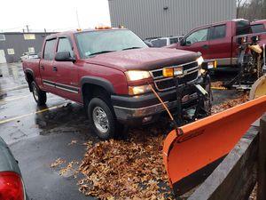 2006 Chevy Silverado 2500HD plow lt Crew Cab for Sale in Ashland, MA