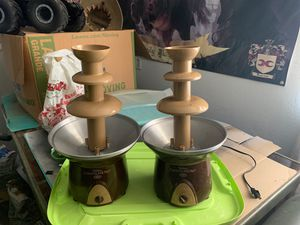 Two used Wilson chocolate pro fountains both sold together for Sale in Hesperia, CA