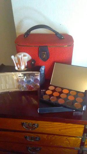 Makeup Bundle #7 for Sale in Las Vegas, NV
