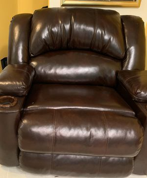 Leather Recliner for Sale in Wake Forest, NC
