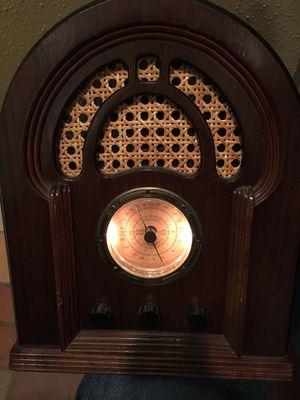 Antique look radio for Sale in Dallas, TX
