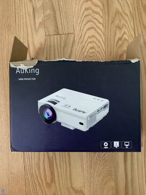 AuKing projector for Sale in Beaverton, OR