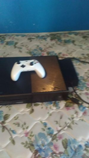 Xbox one works just need new power brick works fine for Sale in Suffolk, VA