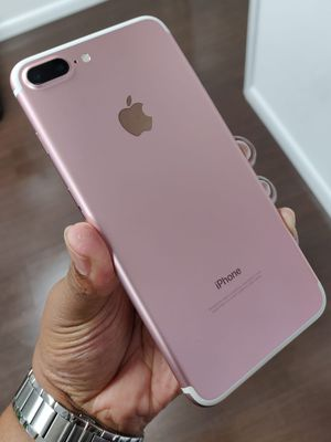 Unlocked 🔓 Apple Iphone 7+ PLUS(Rose Gold) Comes with Wall Charger & USB Cable for Sale in Davie, FL
