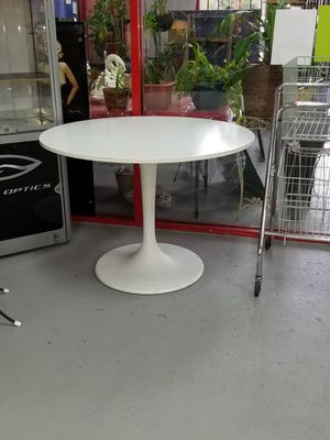 IKEA TULIP STYLE TABLE for Sale in Gulfport, FL