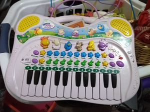 Toddler music keyboard for Sale in Galloway, OH