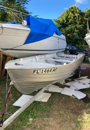 16 ft Aluminum Boat with trailer for Sale in Doral, FL