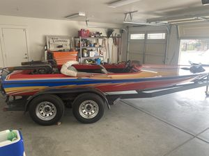 Ultra t deck jet boat ls for Sale in Hesperia, CA