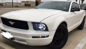 Ford Mustang 4.0 for Sale in Edinburg, TX