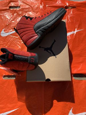 "Retro air Jordan 12s ""Reverse Flu game"" for Sale in Millington, TN"