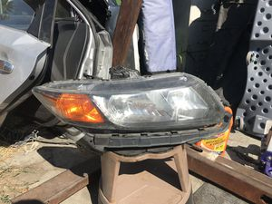 2012 Honda Civic head lights (right side) for Sale in Los Angeles, CA